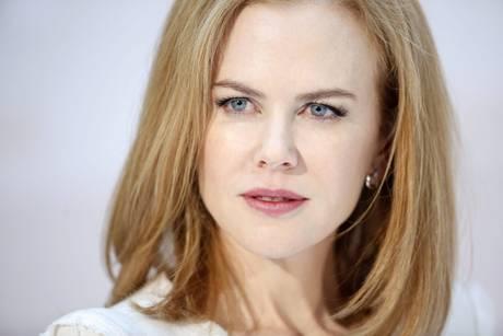 Nicole Kidman presents Omega Ladymatic collection