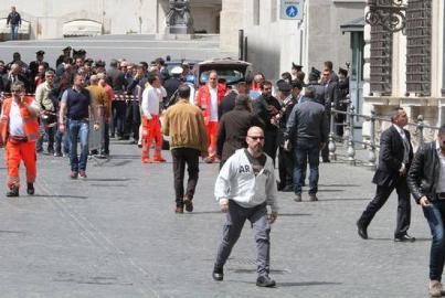 attentato palazzo chigi 660-0-20130428_160446_813B48ED