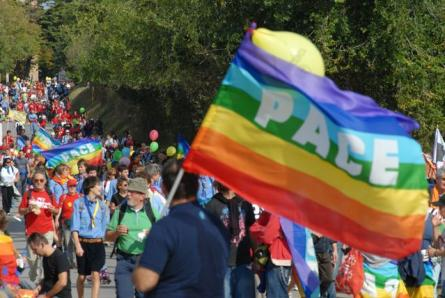 Bandiera-arcobaleno-della-pace