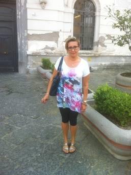Comuni: Castellammare, vietato ingresso consigliera in leggings