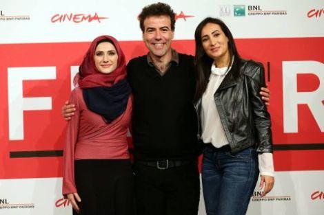 """Sara El Debuch, Alessio Cremonini e Dana Keilani al photocall di """"Border"""""""