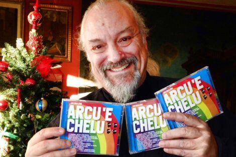 """Eugenio Finardi con il cd """"Arcu 'e chelu"""""""