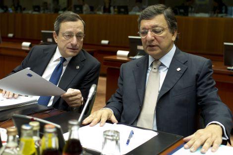 Il Presidente della Banca centrale europea Mario Draghi e il Presidente della Commissione europea José Manuel Barroso