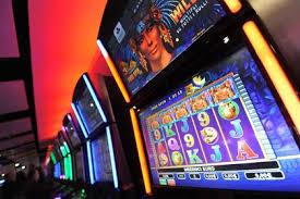 Elenco dei 140 senatori a favore del gioco d azzardo for Elenco senatori italiani