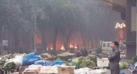 attentato-mercato-Cina