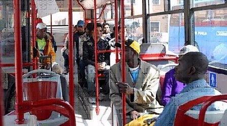 immigrati-bus