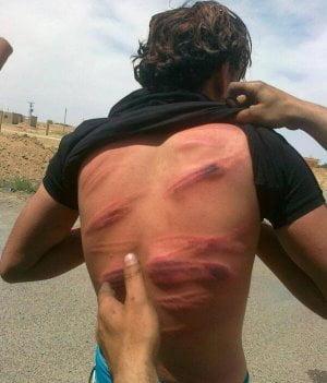 Frustato perchè sorpreso a fumare a Raqqa
