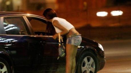 costretta a prostituirsi