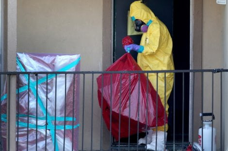 Residents Quarantined In Dallas Apartment Where Ebola Patient Had Stayed