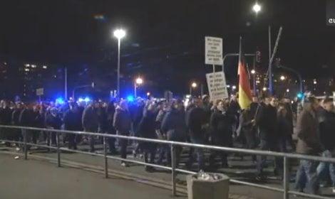 proteste contro l'islamizzazione a Dresda