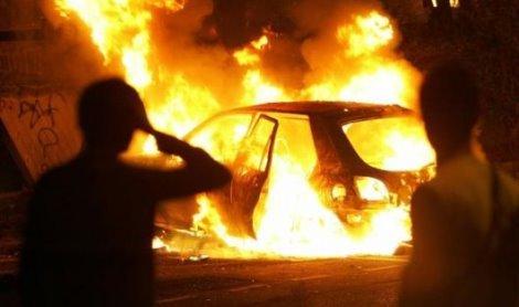 auto_incendiata