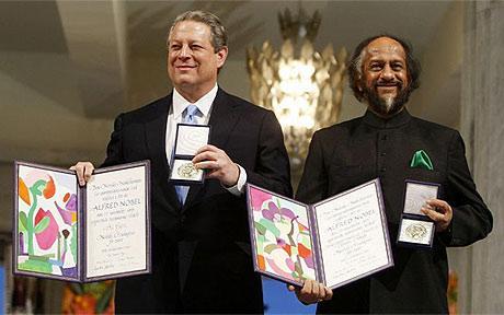 Rajendra Pachauri e Al Gore vincono (non si sa come né perché) il premio Nobel per la pace