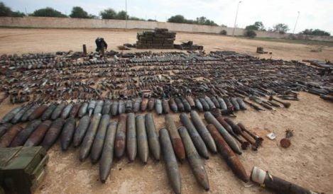 LIBIA: DISSEPPELLITO ARSENALE LEALISTI A TAJURA