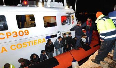 migranti guardia costiera