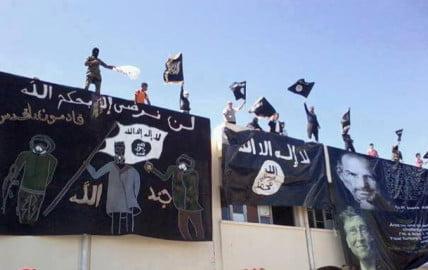 studenti in Tunisia inneggiano al nazismo