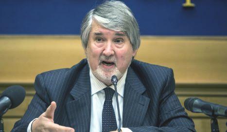 Conferenza stampa del ministro Poletti su lavoro giovanile