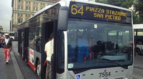 violenta lite sul bus