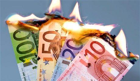 EURO-CRISI-DEBITO