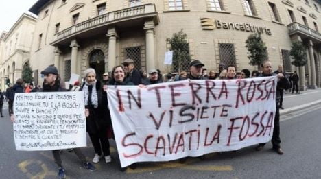 protesta-banca-etruria