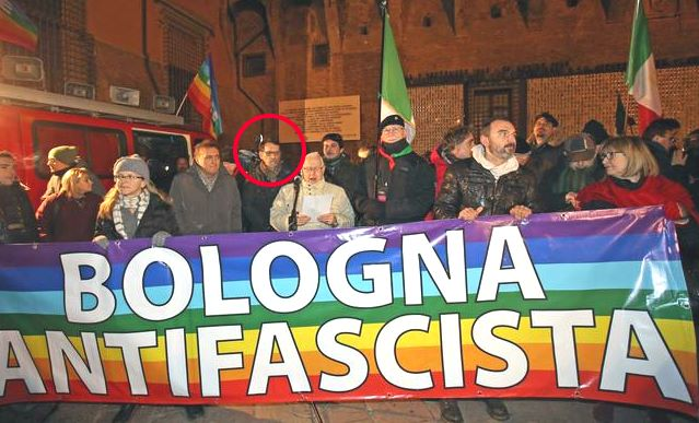 Presidio antifascista a Bologna