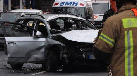 berlino-auto-explosion