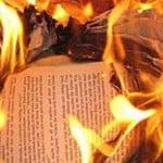 bibbia-bruciata