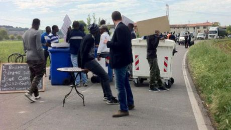 protesta-immigr-lonato