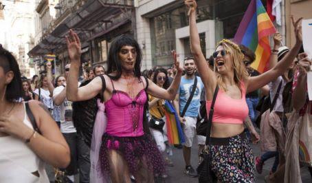 gay-pride-istanbul