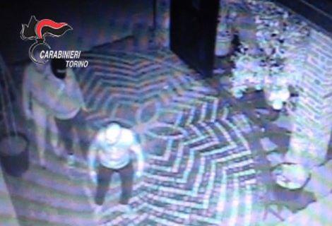 kosovari-agnelli-furto