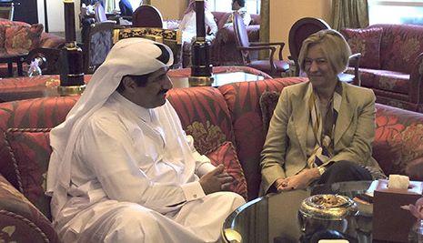 Roberta Pinotti in Qatar