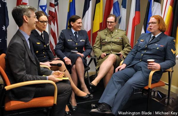 Usa, esercito apre ai transgender Via il divieto: esulta comunità gay