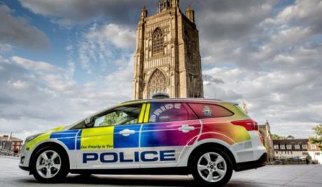 gay-polizia