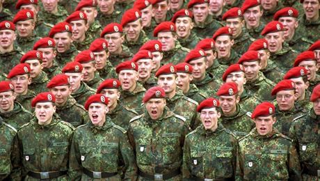 germania cerca soldati