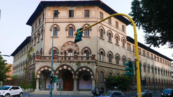 milano-palazzo