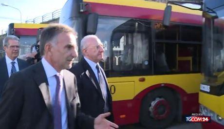 deluca-bus-campania
