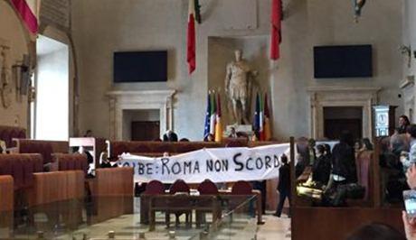 foibe_striscioni_roma