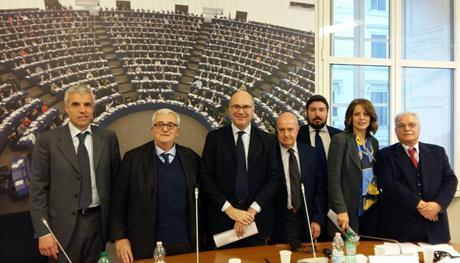 Geopolitica e crisi libica nella sede del parlamento for Sede parlamento roma