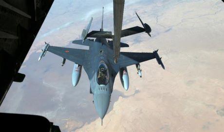 Siria, raid della coalizione a guida Usa: uccisi 35 civili