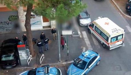 Umbria, sale sul bus e si masturba davanti alle ragazzine: arrestato 34enne