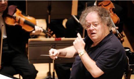 Accusato di molestie da tre uomini, sospeso direttore orchestra Opera New York