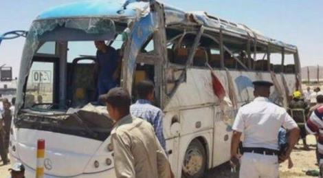 Egitto, attacco a bus di pellegrini cristiani: