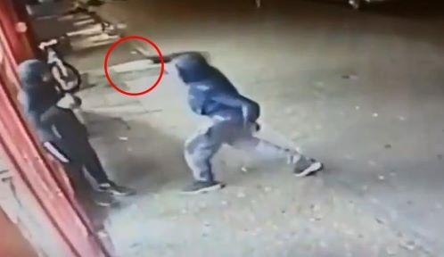 Londra violenta: 15enne ucciso da una gang armata di machete - Imola Oggi