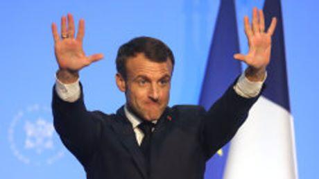 Macron lancia un appello anti-sovranista all'Europa: