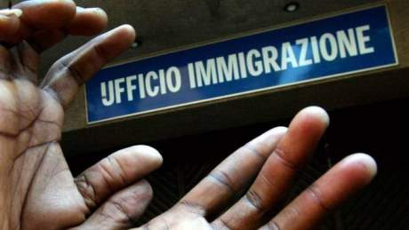 200mila euro di indebiti sussidi, altri 35 stranieri nei guai
