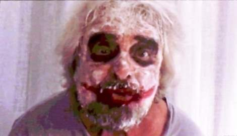 Italia 5 stelle, Grillo compare in video mascherato da Joker -VIDEO-