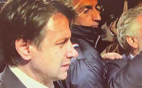 Ex Ilva, Conte a Taranto: tensione all'arrivo allo stabilimento
