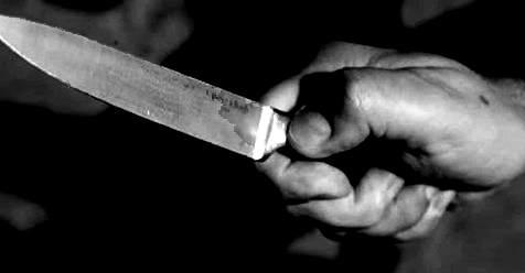 iraqeno ucciso con coltellata alla gola