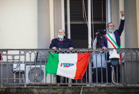 napoli De Magistris partigiano