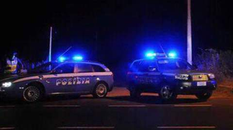polizia turista stuprata
