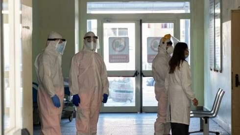 Operatori sanitari positivi dopo il vaccino